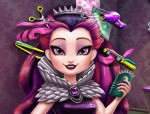 Raven Queen frizurája Ever After high játék